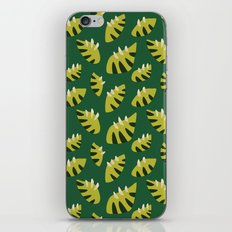 Pretty Clawed Green Leaf Pattern iPhone & iPod Skin