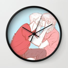 Jasiper New Year's Kisses Wall Clock