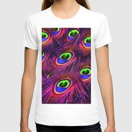 Beautiful Iridescent Purple Peacock Feathers Pattern T-shirt