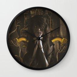 The queen Gold Wall Clock