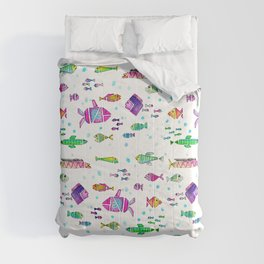 Catch all the fish! Tropical and colorful fishes swim in shoals Comforters