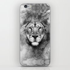 Lion Black and White iPhone & iPod Skin