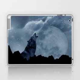 Wolf howling at full moon Laptop & iPad Skin