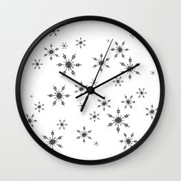 Crochet Impressions: SNOWFLAKE[s] Wall Clock
