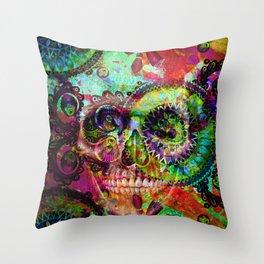 funky skull i Throw Pillow