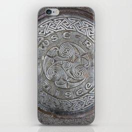 uisce celtart iPhone Skin