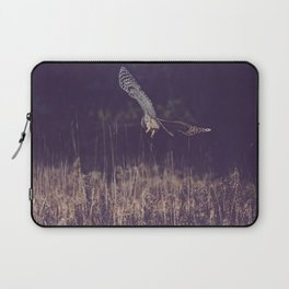 Barred Owl Hunting Laptop Sleeve