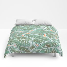 Tropical Caladium Leaves Pattern - Green Comforters