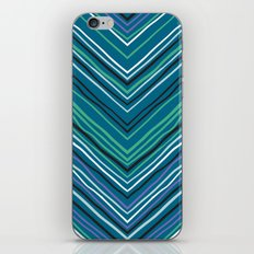 Chevron pattern with thin zigzag lines iPhone & iPod Skin