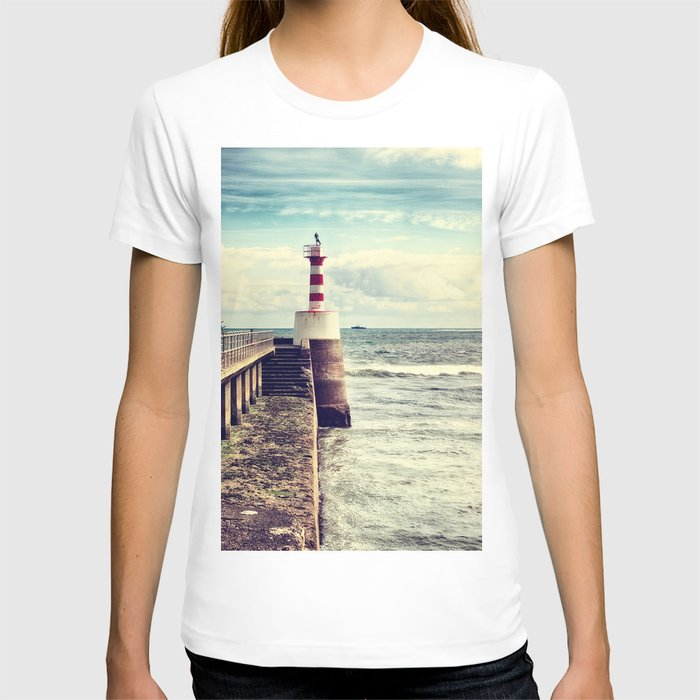 Amble Pier Lighthouse T-shirt