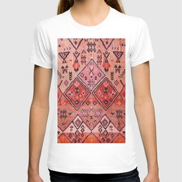N52 - Pink & Orange Antique Oriental Traditional Moroccan Style Artwork T-shirt
