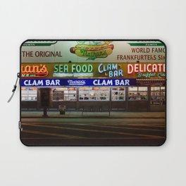 Clam Bar Laptop Sleeve