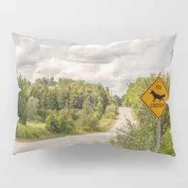 Fox crossing Pillow Sham