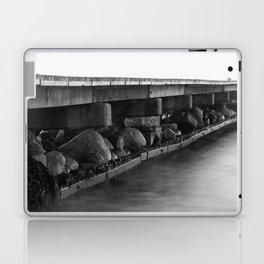 Pier black white Laptop & iPad Skin