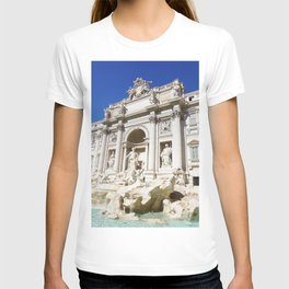 Make a Wish: Trevi Fountain in Rome, Italy T-shirt