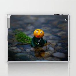 working gwerg Laptop & iPad Skin