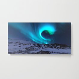 Aurora BorealiS Mountains Metal Print