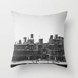 El Malecon - Havana Cuba Throw Pillow