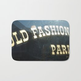 Old Fashioned Parlor Bath Mat