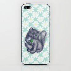 Cute Kitten with Daisies iPhone & iPod Skin