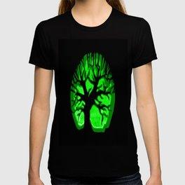 Happy HaLLoween Brain Tree : Green & Black T-shirt