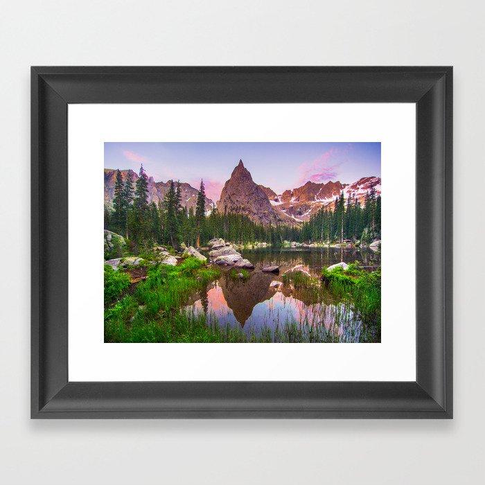 Lone Eagle Peak Gerahmter Kunstdruck