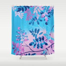 Interleaf -Trans Shower Curtain
