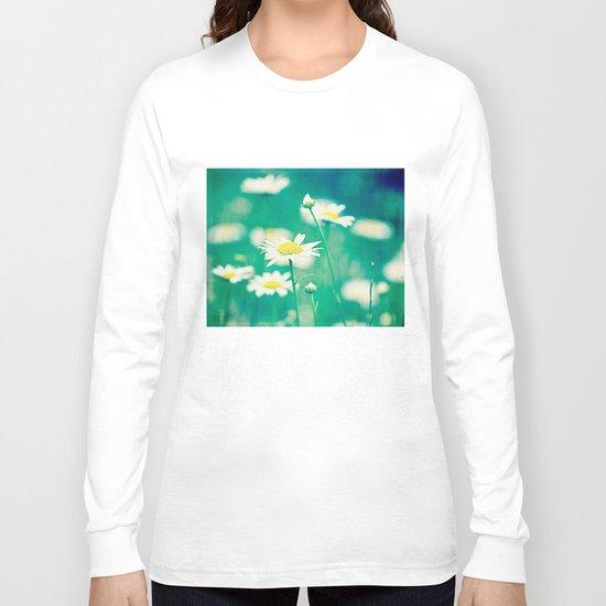 field of daisies Long Sleeve T-shirt