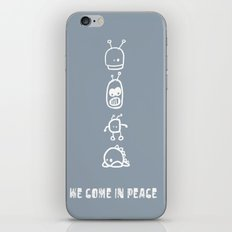 I am sure there are aliens out there and they are real friendly iPhone & iPod Skin