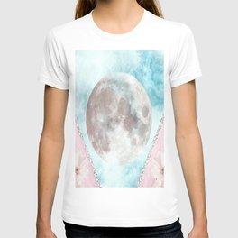 Nelly L.F T-shirt