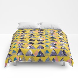 MOUNTAIN OF TRIANGLES Comforters