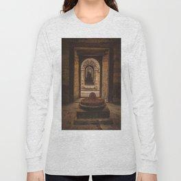 Exploring Pashupatinath Temple in Kathmandu City, Nepal Long Sleeve T-shirt
