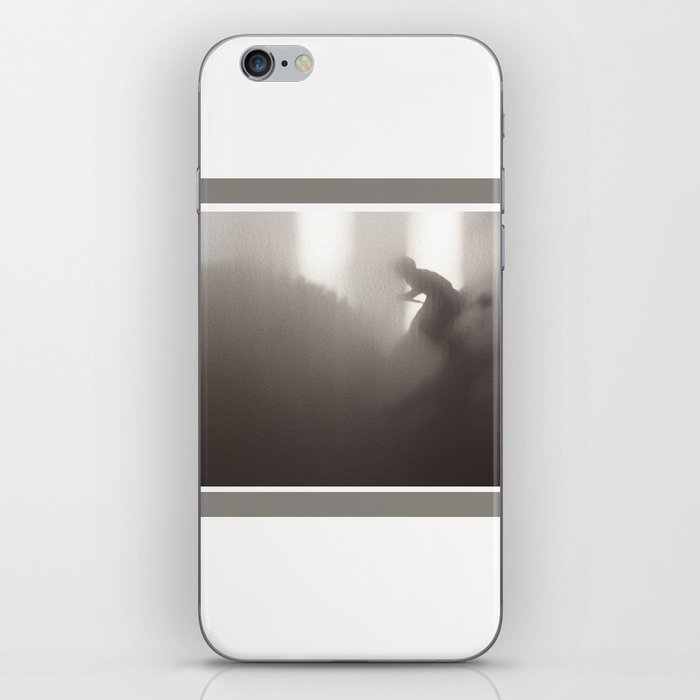 Secret Skiing - Dark iPhone Skin
