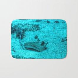 Sting ray taking a bath Bath Mat