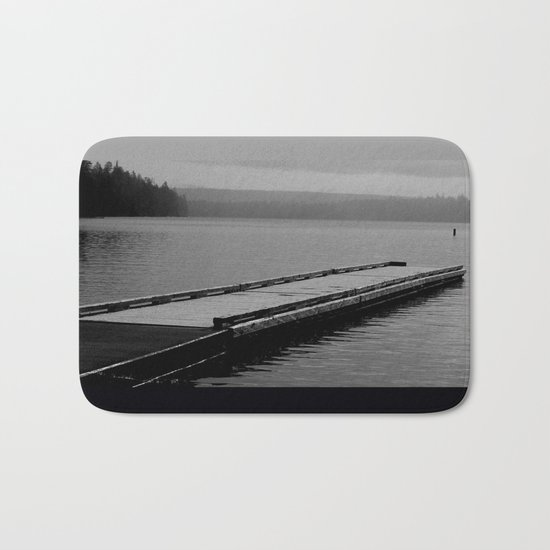 Suttle Lake in Gray and Black Bath Mat