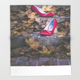 Red Shoes Throw Blanket