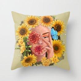 Miss sunshine Throw Pillow