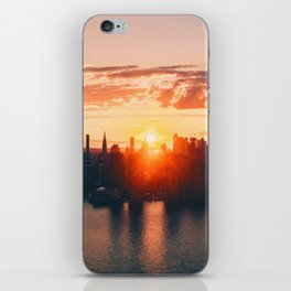 Sunrise in New York City (Color) iPhone Skin