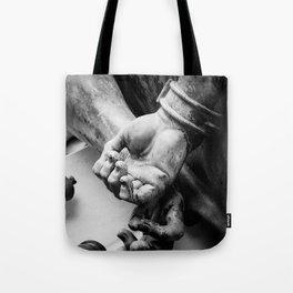 CHAINS. Tote Bag