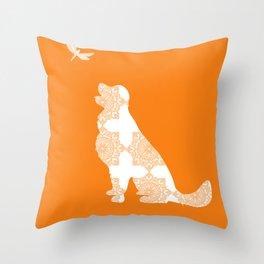 Golden Retriever d Throw Pillow