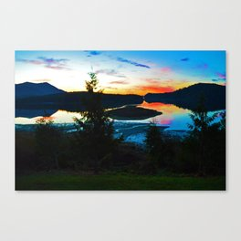 Sunrise in Ucluelet on Vancouver Island, BC Canvas Print