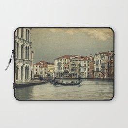 Gondola and gondoliere Laptop Sleeve