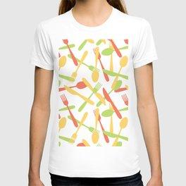Cutlery silverware pattern T-shirt