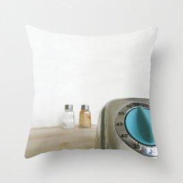 retro timer Throw Pillow