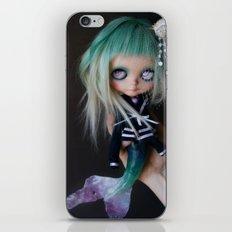 LITTLE MARINERITA SIREN (Ooak BLYTHE Doll) iPhone & iPod Skin