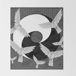 B&W  YIN & YANG Taoism/Daoism PEACE DOVES Throw Blanket