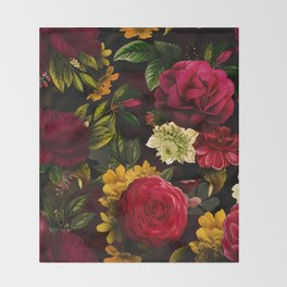 Vintage & Shabby Chic - Mystical Night Roses Bouquet Throw Blanket