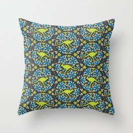 Flowers & Roos Throw Pillow