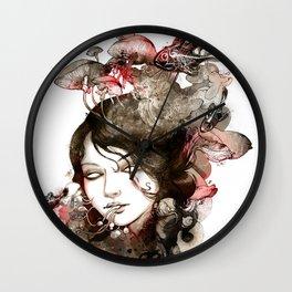 Metamorphosis of a fading memory Wall Clock