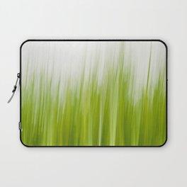Grass wipe --- Gras-Wusch Laptop Sleeve